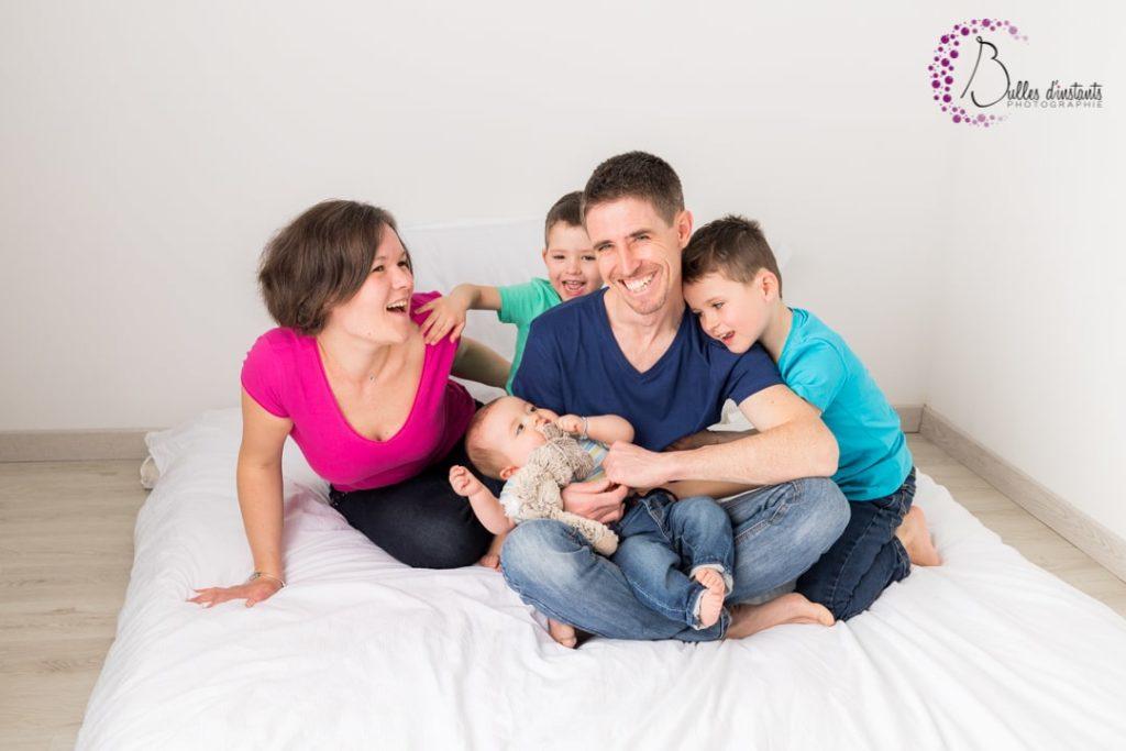 Séance photo de famille au naturel dans les yvelines