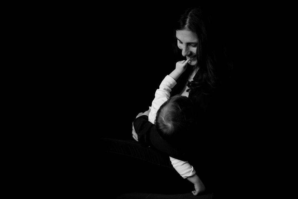 séance photo allaitement noir et blanc Yvelines 78