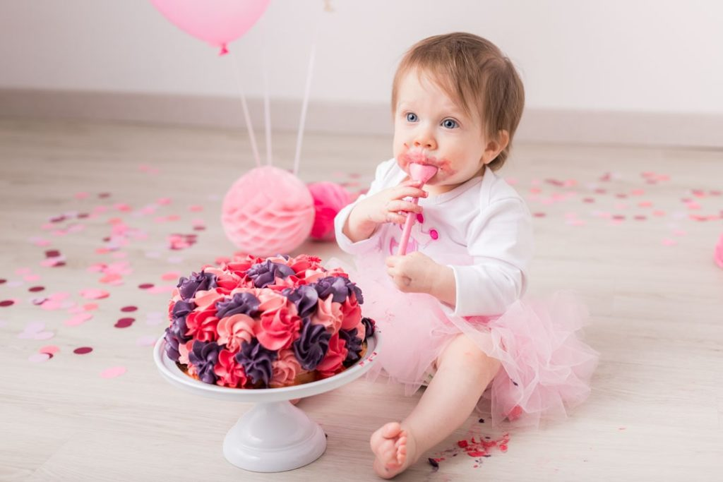 smash-the-cake-rose-photographe-bebe-anniversaire-yvelines-78