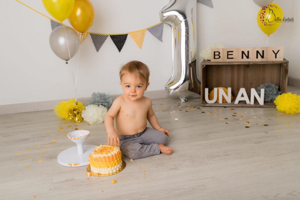 photographe pour bébé smash the cake jaune yvelines 78