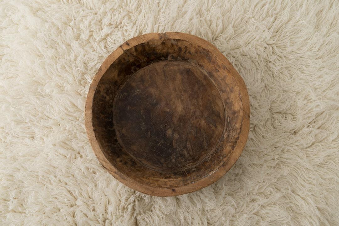 contenant-bois-naturel-seance-photo-nouveau-ne